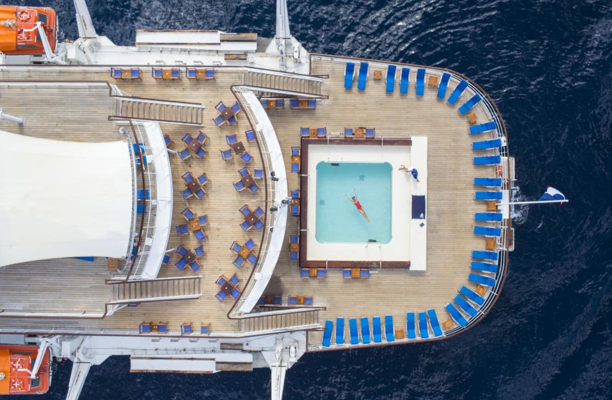Club Med 2 - Sailing Ship Charter